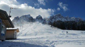 Die Lifte am Kreuzbergpass starten als erste in die Skisaison.