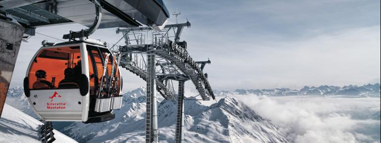 35 Lifte und Bahnen bringen die Wintersportler hoch zu den Pisten.