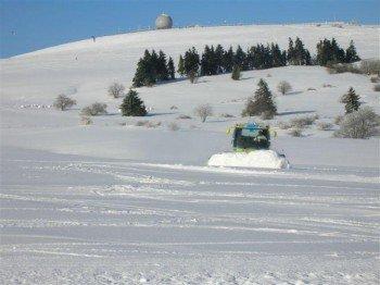 Auf eine tolle Pistenpräparierung dank Pistenraupen trifft man im Skigebiet Zuckerfeld.