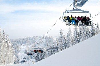 In Winterberg wurde 2012 der erste 8er-Sessellift Deutschlands gebaut