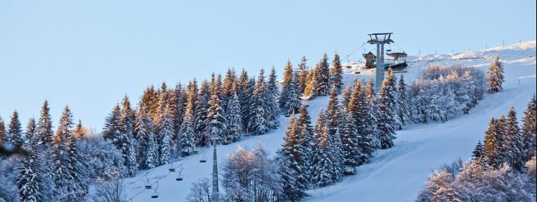 Soriška Planina liegt am 1.549 m hohen Lajnar.