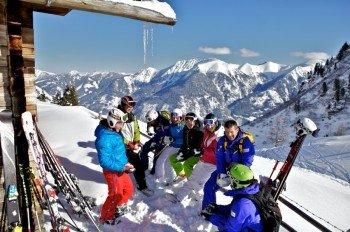Mittagspause mit Bergpanorama