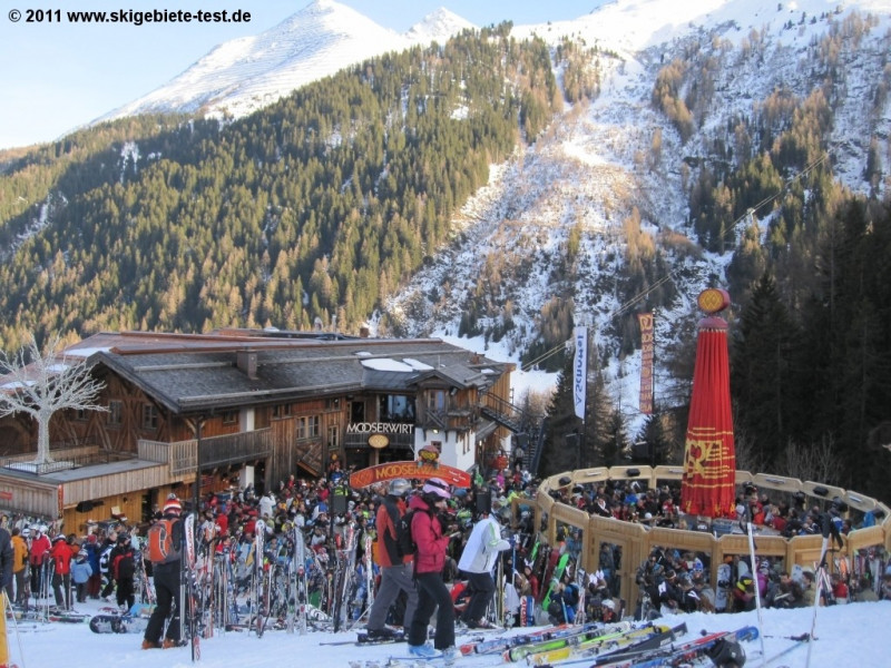 Skigebiet St Anton Ski Arlberg Skiurlaub Skifahren Testberichte