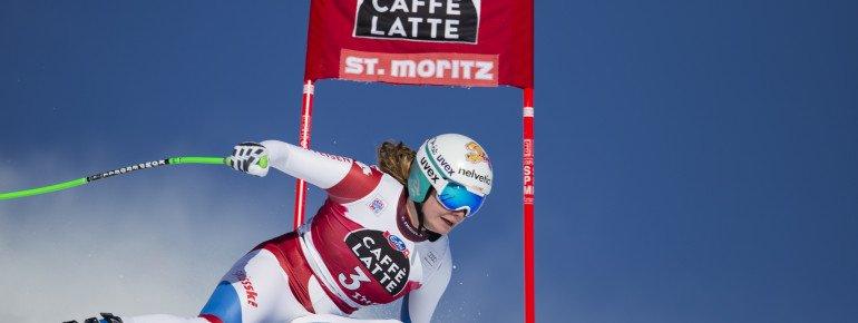Auf dem St. Moritzer Hausberg - der Corviglia - messen sich regelmäßig die Damen des internationalen Skirennsports in den Disziplinen Abfahrt und Super-G. Hier zu sehen ist Nadia Inglin-Kamer.