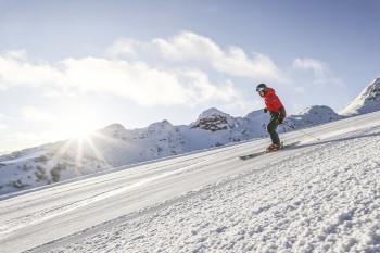 Top-präparierte, breite Pistenkilometer im Skigebiet Steinplatte Waidring