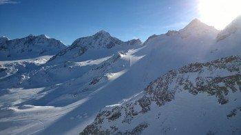 Blick vom Daunjoch Lift auf die Skirouten am Rotadlkopf und die Schaufelspitze im Hintergrund