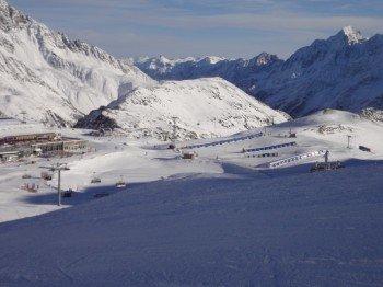 """Blick auf das Übungsgelände """"BIG Family Ski-Camp"""""""