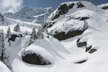Im Februar 2016 lag die durchschnittliche Schneehöhe bei 245cm