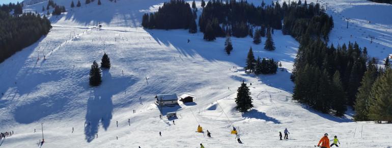 Weitläufige Abfahrten im Skiparadies Sudelfeld