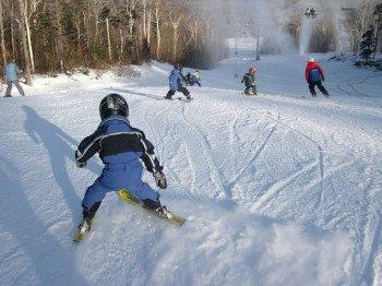Sugaroaf bietet Winterspaß für Groß und Klein.