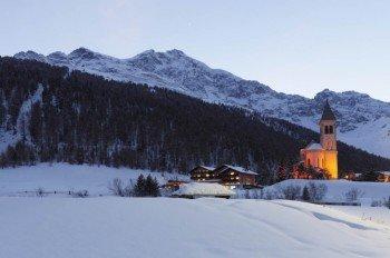 Winterwanderung auf dem Rundweg durch das Suldental