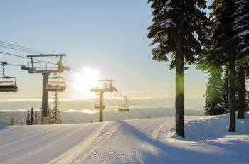 Das Sun Peaks Resort ist eines der familienfreundlichsten Skigebiete weltweit mit nahezu unendlich vielen Abfahrten für jede Könnerstufe.