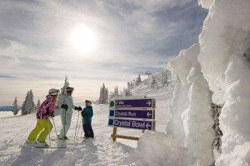 Da die drei Berge in Sun Peaks jede Menge Spaß für jeden Skifahrer bedeuten, ist Sun Peaks der Ort für fantastische Skierlebnisse mit der gesamten Familie.