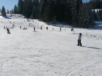 Auf den Abfahrten mit einer Gesamtlänge von 4km wird Skianfängern nicht langweilig