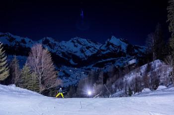 Chäserrugg bietet bei Tag und Nacht einen traumhaften Blick auf das Churfirstengebirge.