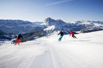 Vor allem fortgeschrittene Skifahrer finden hier ein riesiges Pistenangebot.