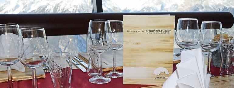 Kulinarik im Panoramarestaurant der Vene Gipfelhütte
