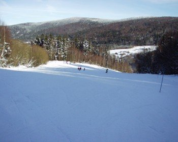 Der Skihang in Waldmünchen ist vor allem bei Familien beliebt
