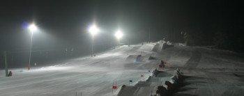 Dienstag und Freitag wird abends das Flutlicht zum Skifahren eingeschaltet.