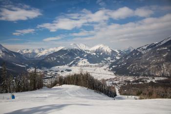 Blick von der Bergstation Wetterstein auf die Abfahrten