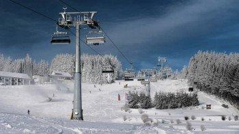 Die 6er Sesselbahn Ritzhagen besteht seit der Saison 2012/13 und bietet Wintersportlern noch mehr Komfort im Skigebiet Willingen im Saarland.