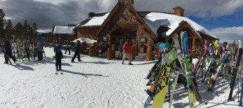 Am oberen Teil des Winter Park Mountains gelegen bietet The Lodge at Sunspot mit seiner atemberaubenden Aussicht auf die Kontinentale Wasserscheide echte Colorado-Erfahrung.