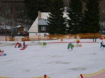Liebevoll eingerichteter Kidspark an der Talstation des Liftes E