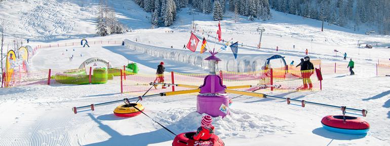 Skispaß für kleine Pistenflöhe im Zauchi's Kinderland