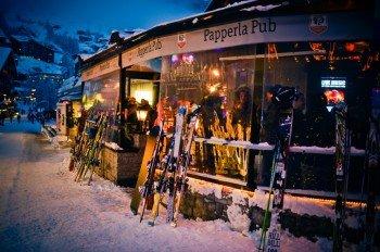 Das Papperla Pub in der Steinmattstraße in Zermatt