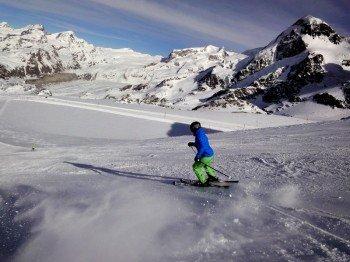 Profis toben sich auf den schwarzen Pisten Zermatts aus