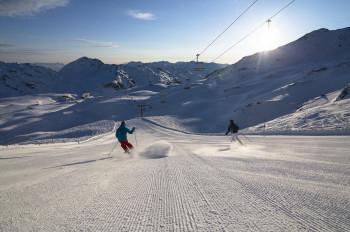Traumpanorama und perfekte Pisten erwarten Skifahrer in der Zillertal Arena.