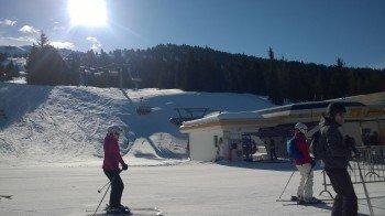 Überwiegend moderne Lifte im Skigebiet: Hier der Karspitz-X-Press