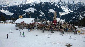 Après-Ski Stimmung schon ab 14 Uhr: Das Seppi's an der Isskogelbahn