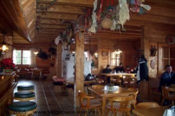 Cozy and comfortable atmosphere at the mountain hut Rosswaldhütte near the lift Hochalmsesselbahn