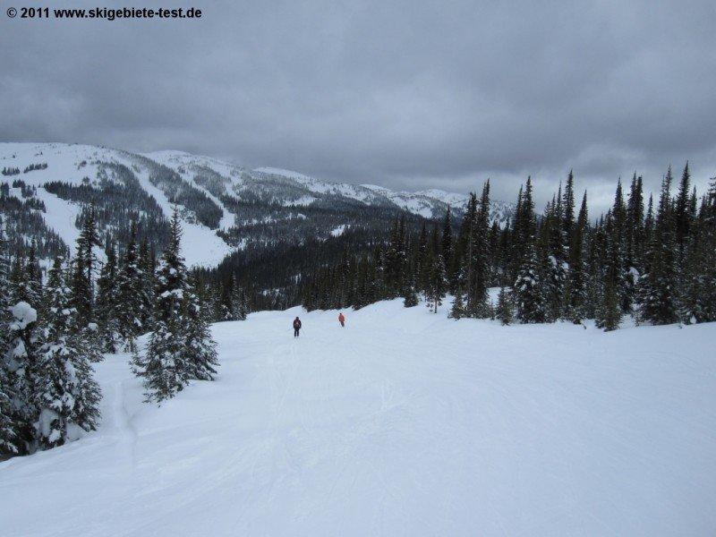 beginner skiing sun peaks resort review test report. Black Bedroom Furniture Sets. Home Design Ideas