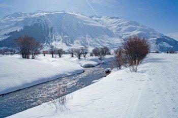 Die malerische Landschaft sorgt für Wintersportgenuss pur.