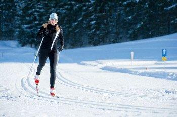 Auf 1300 Höhenmeter Langlaufen kann man auf der Höhenloipe in Hochbrixen.