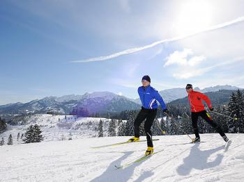 Traumhafte Ausblicke erwarten Langläufer auf den Strecken rund um Füssen.