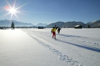 In Garmisch-Partenkirchen stehen dir rund 30 Loipenkilometer zur Verfügung.
