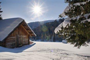 Rund 25 Loipenkilometer führen durch die winterliche Landschaft am Katschberg.