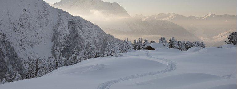Schneebedecktes Zillertal
