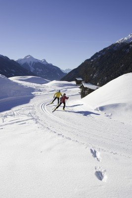 Mehr als 110 Loipenkilometer führen durch das Hochplateau.