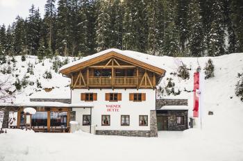 Die neue Wagner Hütte im Verwall lädt zur Rast und zum Verweilen ein