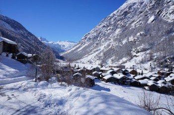 Die malerische Winterlandschaft rund um Täsch.