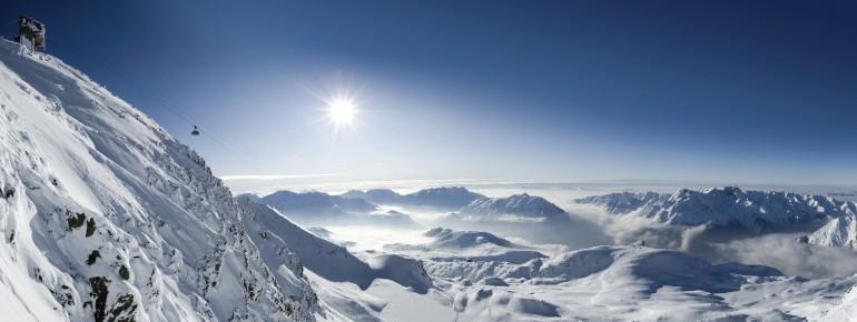 Beeindruckendes Alpenpanorama im Skigebiet Alpe d'Huez