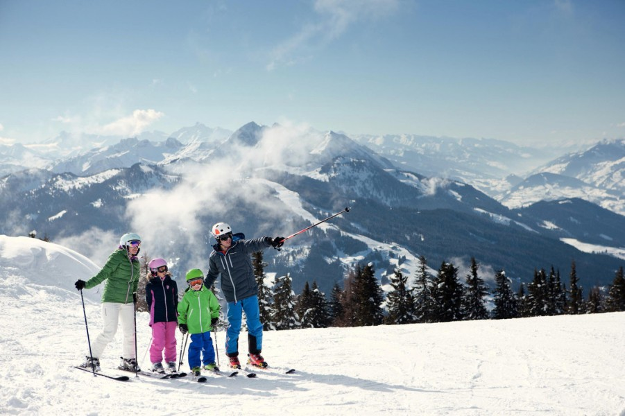 ski resorts in salzburg skiing salzburg. Black Bedroom Furniture Sets. Home Design Ideas