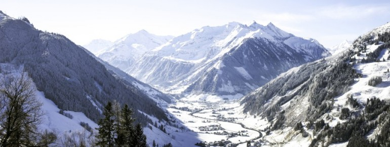 Blick ins verschneite Raurisertal